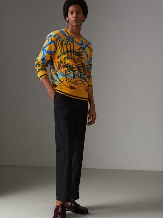 Jersey en cachemir con motivo de garabatos y grafiti en intarsia (Amarillo Ambarino)