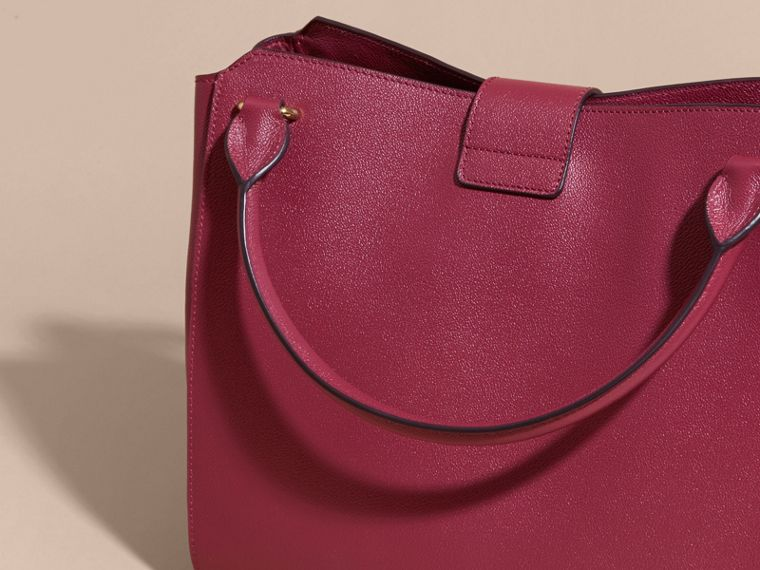 The Large Buckle Tote in Grainy Leather Dark Plum - cell image 4