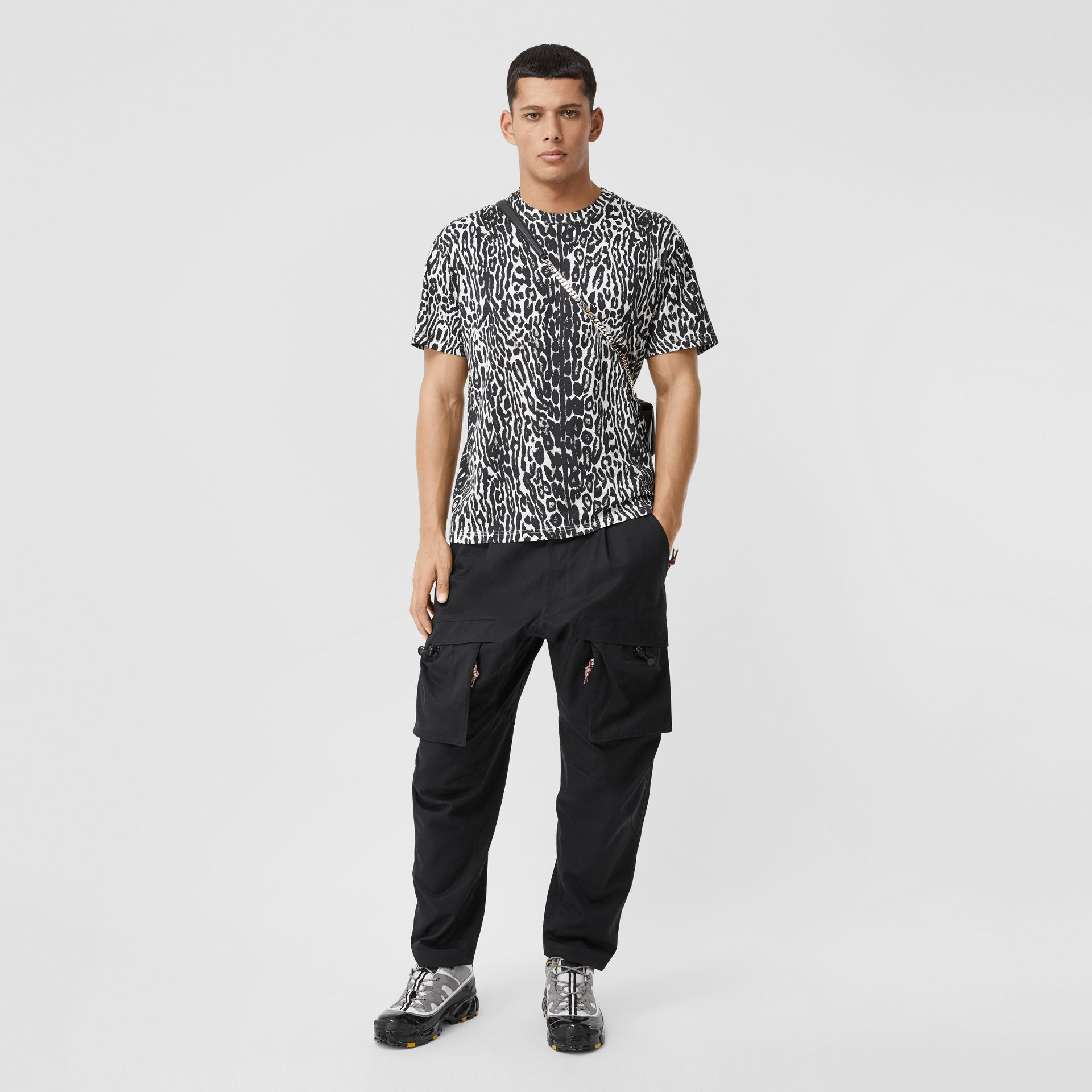 Leopard Print Cotton Oversized T-shirt in Black - Men | Burberry - gallery image 0