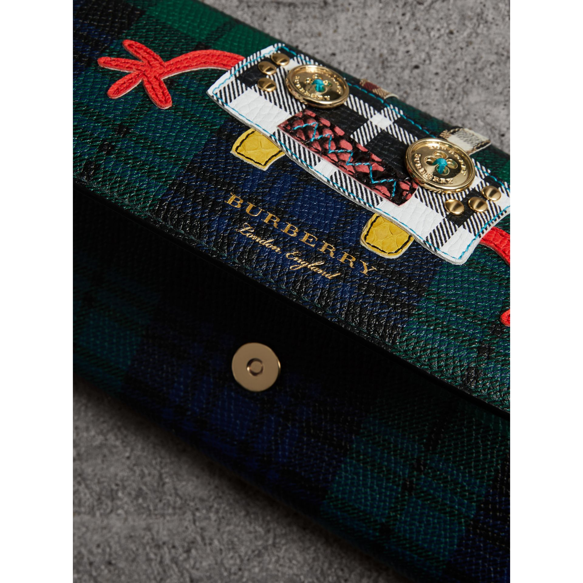 Creature Appliqué Tartan Leather Wallet with Chain in Bright Navy - Women | Burberry Hong Kong - gallery image 1