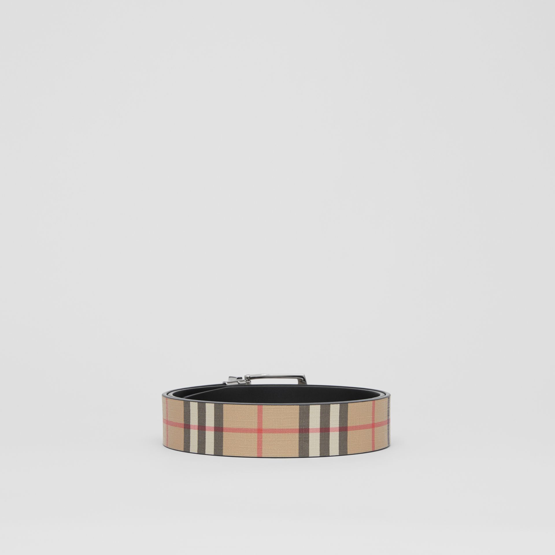 Reversible Vintage Check E-canvas and Leather Belt in Archive Beige - Men | Burberry Singapore - gallery image 4