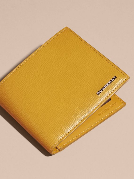 London Leather ID Wallet in Larch Yellow - cell image 2