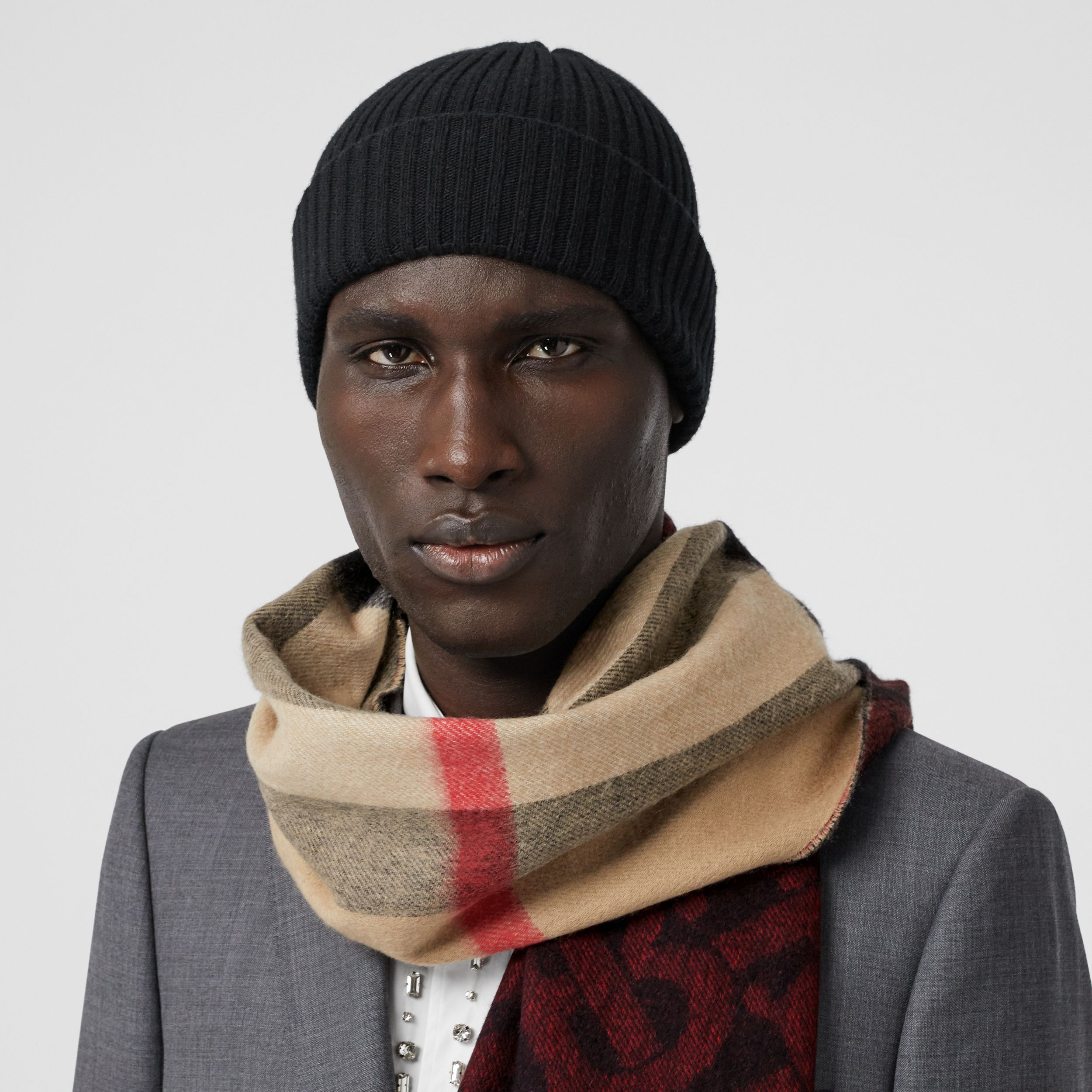 Reversible Check and Monogram Cashmere Scarf in Bright Red | Burberry Australia - 4