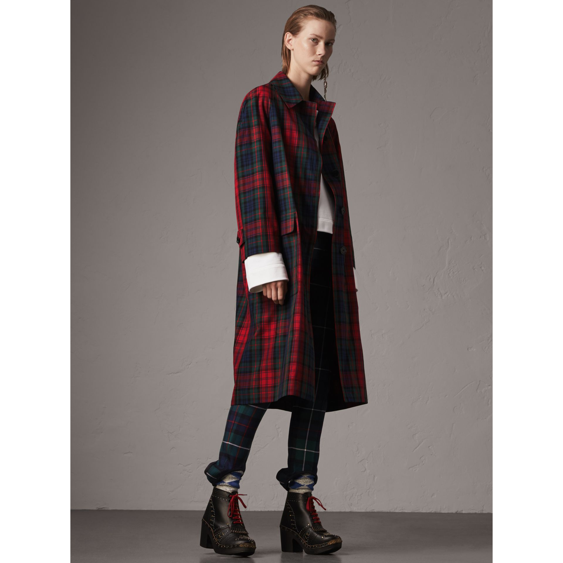 Tartan Cotton Gabardine Car Coat in Bright Red - Women | Burberry Canada - gallery image 1
