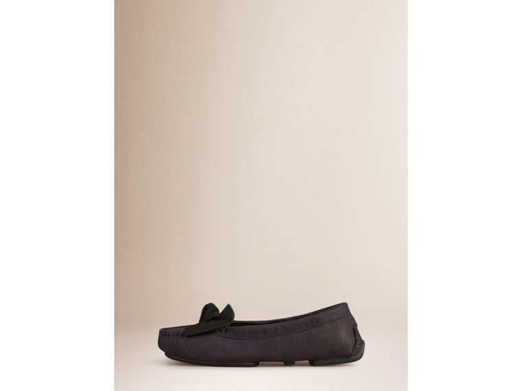 Bow Detail Leather Loafer - cell image 1