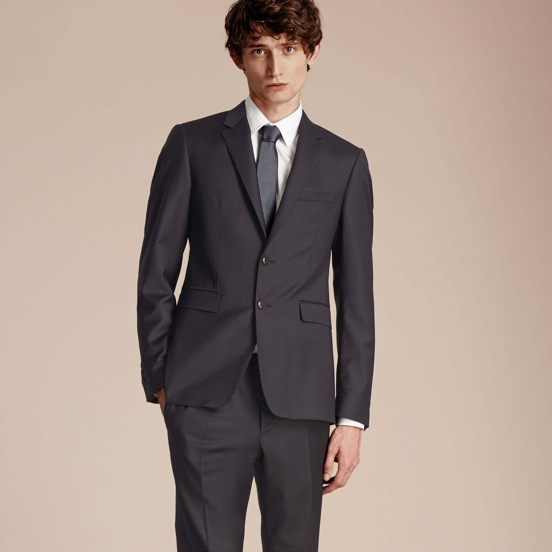 Slim Fit Travel Tailoring Wool Suit - gallery image 8