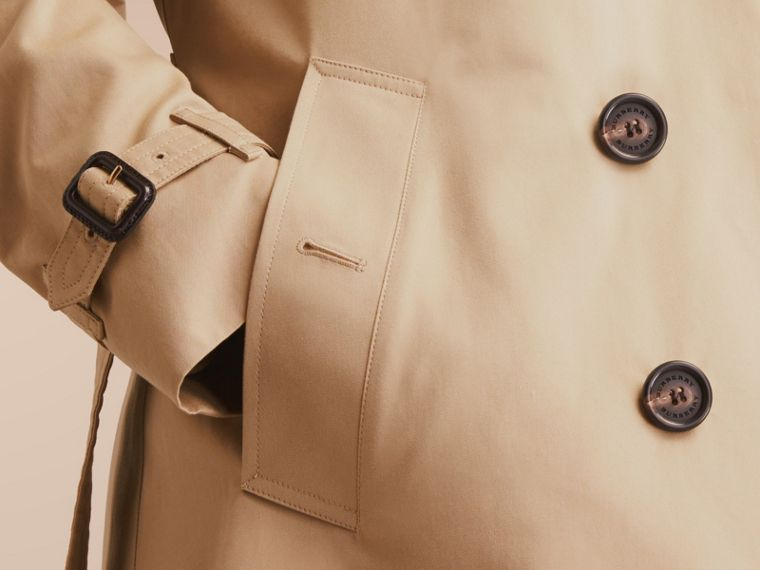 The Chelsea – Mid-length Heritage Trench Coat in Honey - cell image 4