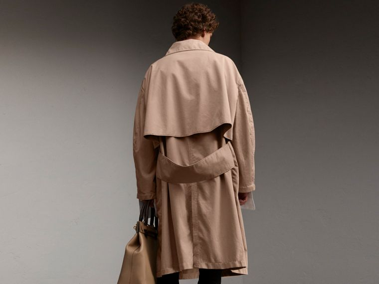 Unisex Tropical Gabardine Car Coat in Antique Taupe Pink - Men | Burberry - cell image 4
