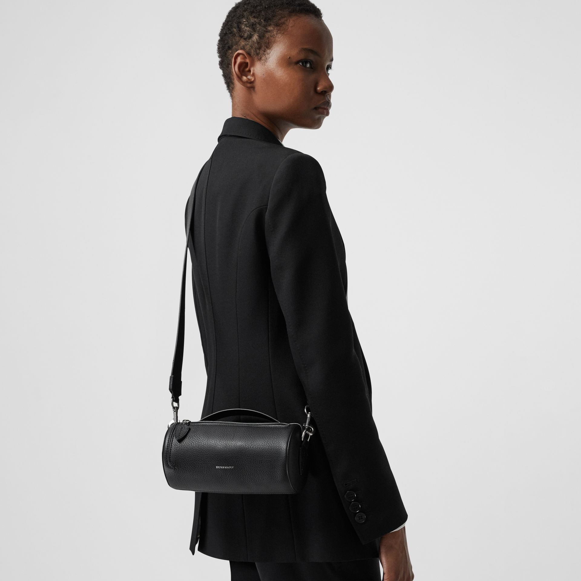 Sac The Barrel en cuir (Noir) - Femme | Burberry - photo de la galerie 3
