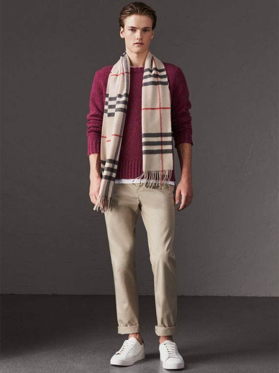 The Classic Check Cashmere Scarf in Stone | Burberry - cell image 3