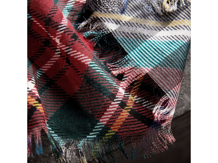 Tartan and Check Wool-silk Scarf in Red | Burberry United Kingdom - cell image 1