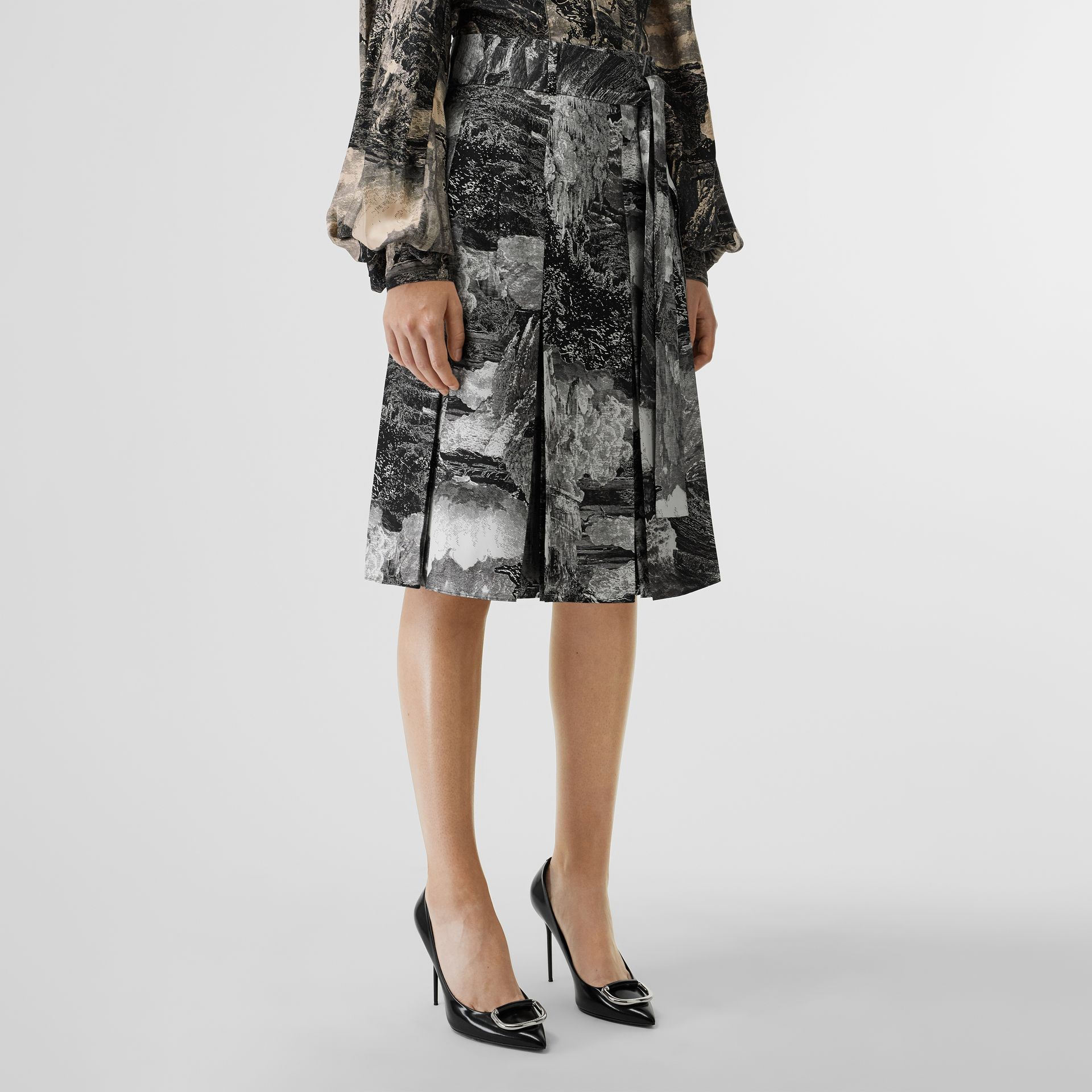 Dreamscape Print Pleated Silk Tie-waist Skirt in Black - Women | Burberry Canada - gallery image 4