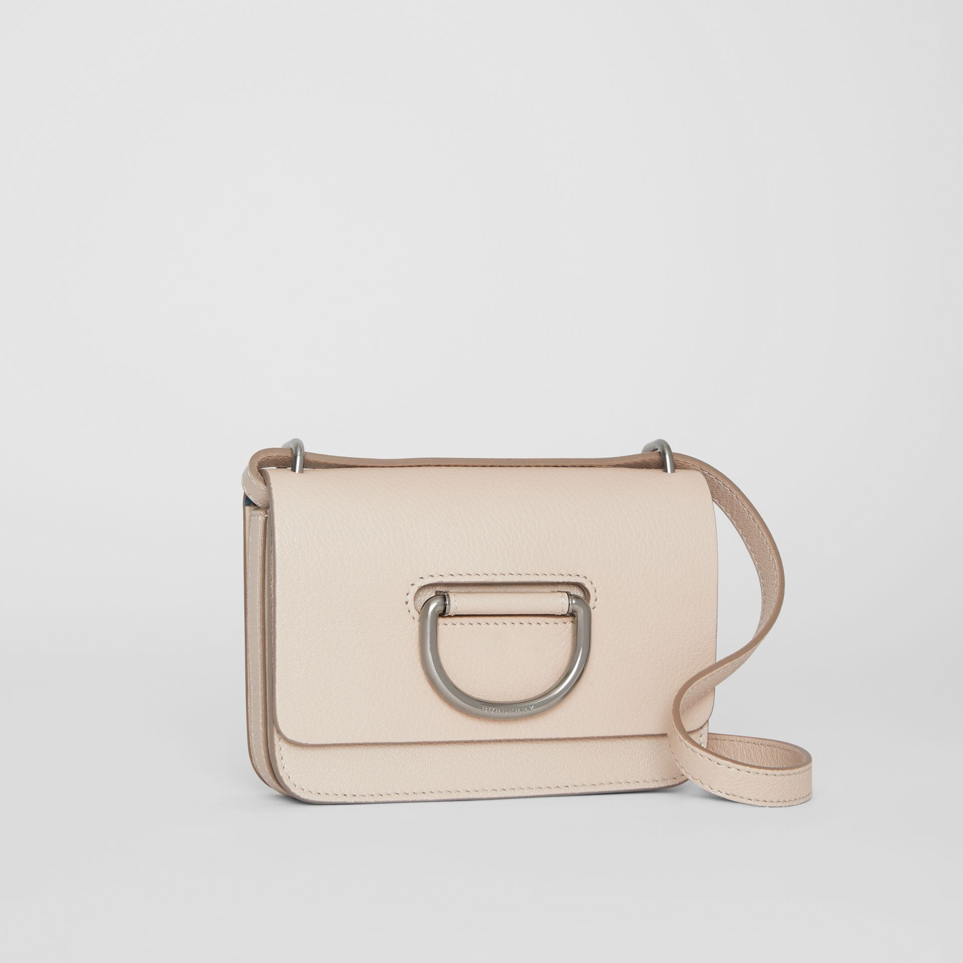 Mini sac The D-ring en cuir (Stone) - Femme | Burberry - photo de la galerie 6