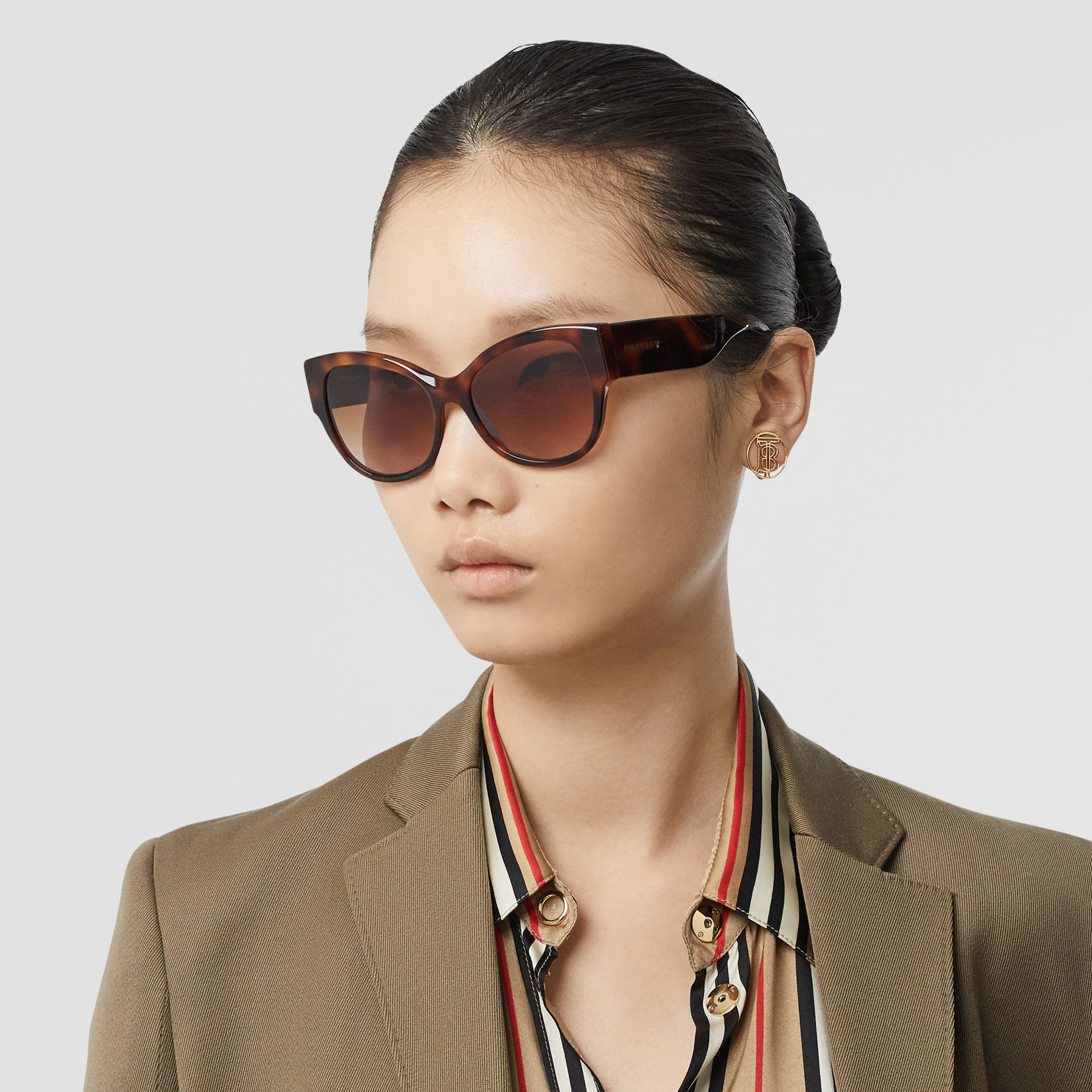Butterfly Frame Sunglasses in Amber Tortoiseshell - Women | Burberry - 3