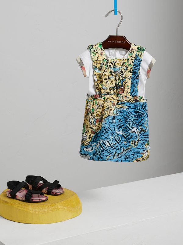 Seaside Print Seersucker Dress in Sand - Children | Burberry Hong Kong - cell image 2