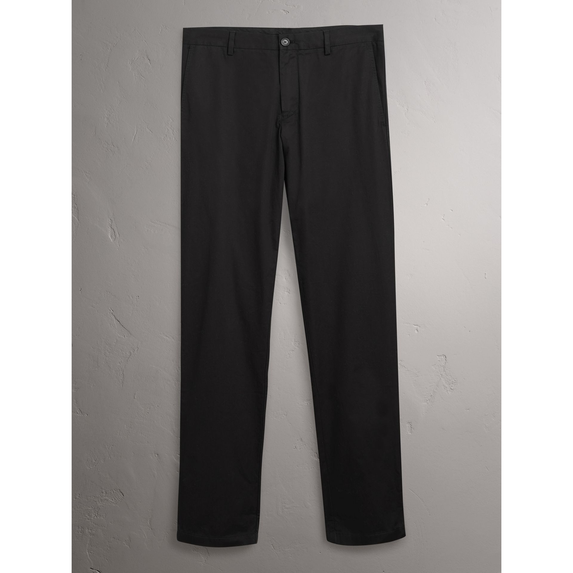 Pantalon chino slim en coton (Noir) - Homme | Burberry - photo de la galerie 3
