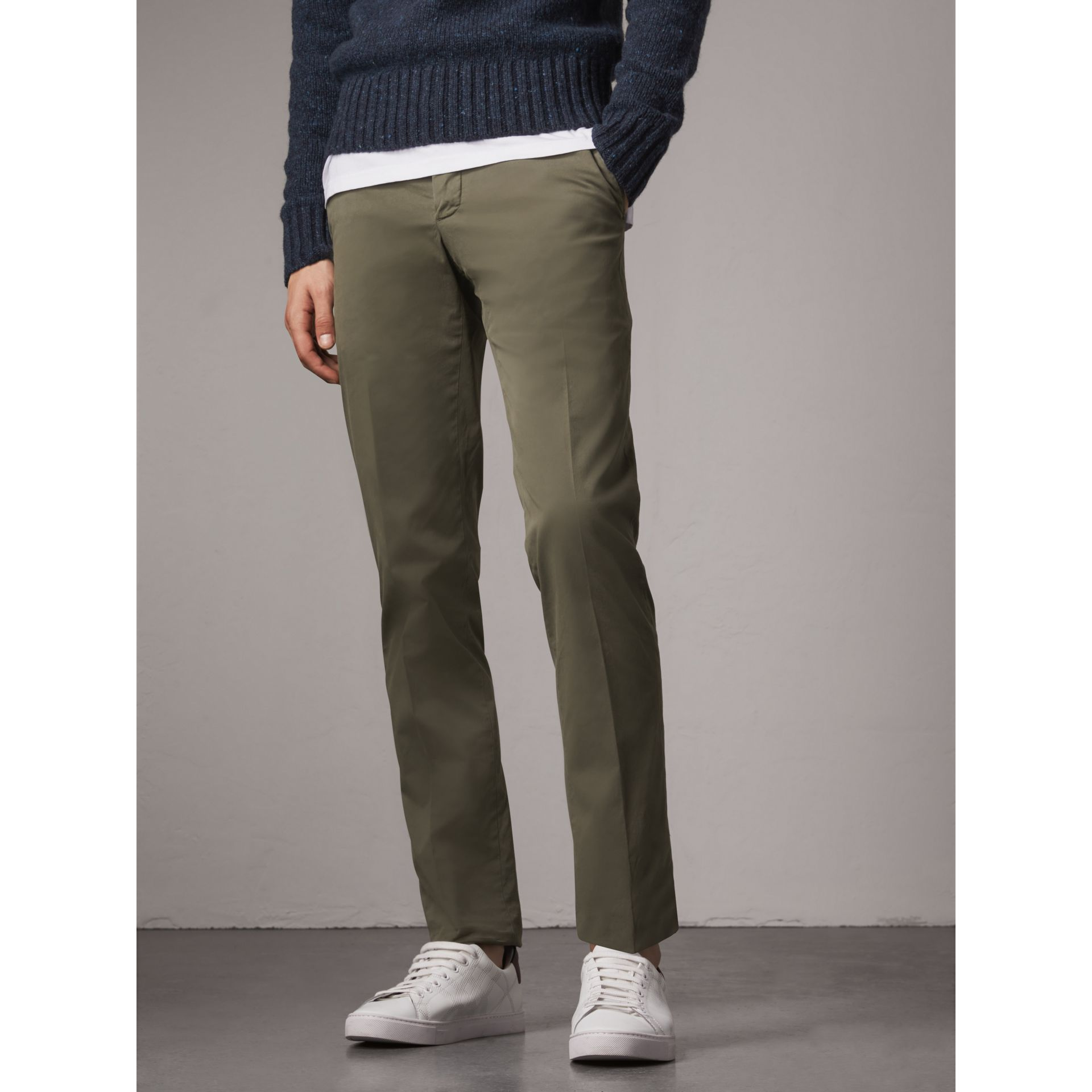 Slim Fit Stretch Cotton Chinos in Slate Green - Men | Burberry Canada - gallery image 5