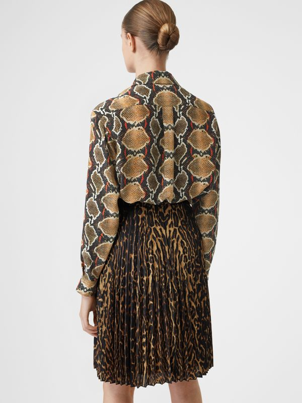 Python Print Silk Shirt in Soft Cocoa - Women | Burberry United Kingdom - cell image 2