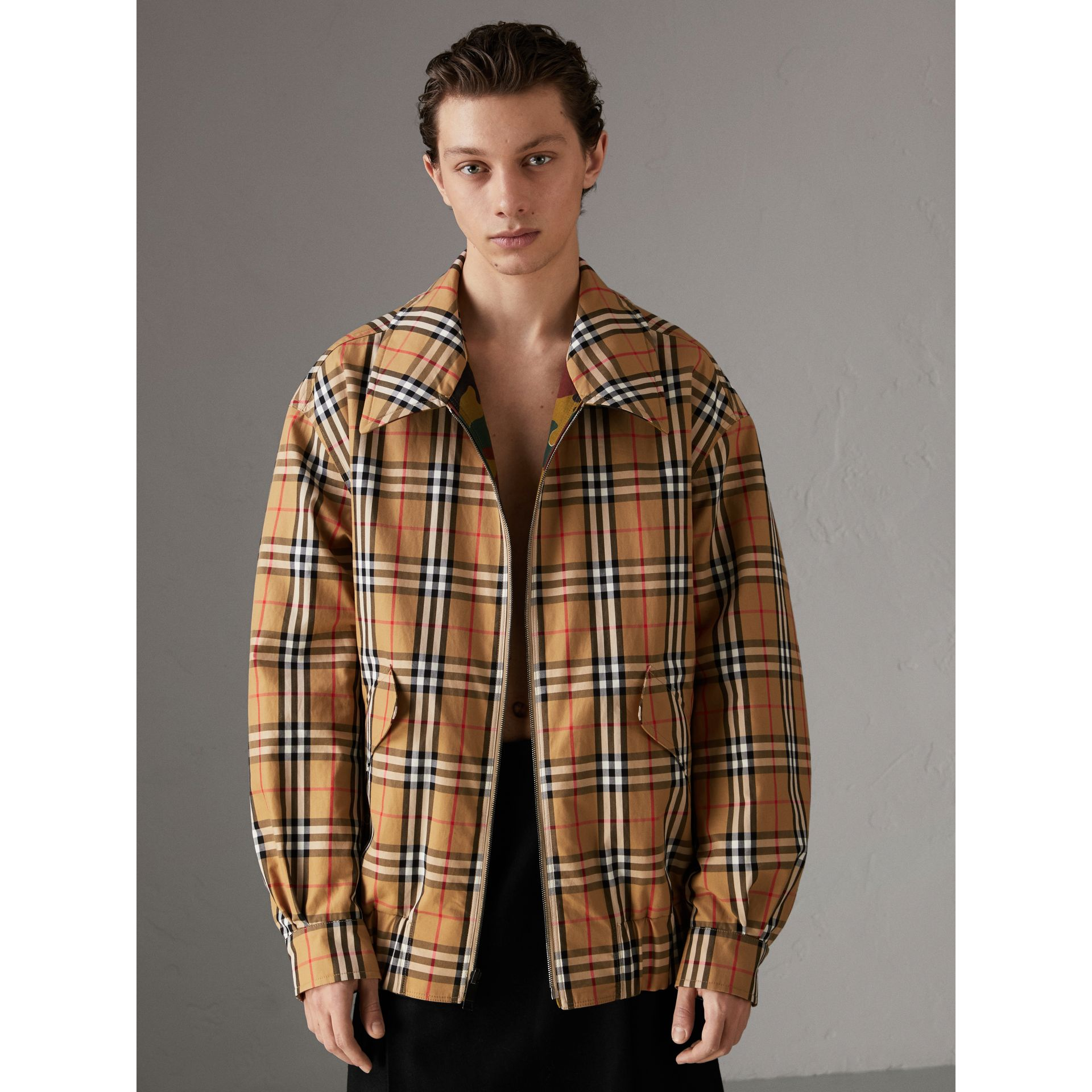 Ramie-cotton Reversible Harrington Jacket in Green Ochre | Burberry Canada - gallery image 4
