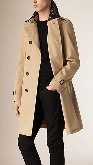 The Chelsea - Trench coat in gabardine con collo in pizzo
