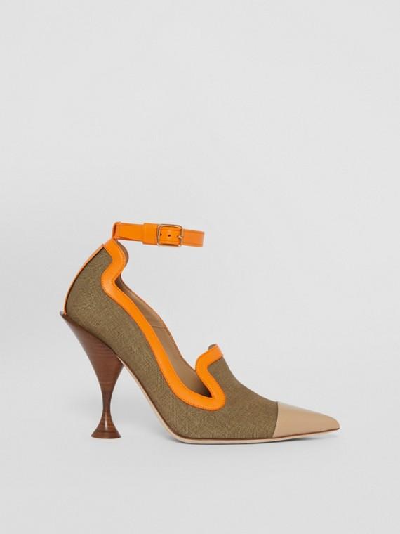 Zapatos de salón en lona y piel con puntera de pico (Cámel)