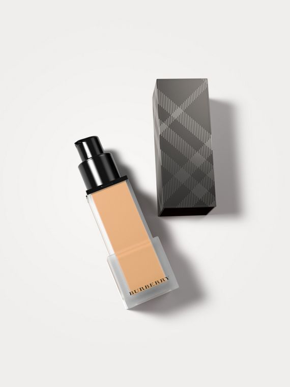 Burberry Cashmere Sunscreen SPF 20 – Camel No.42