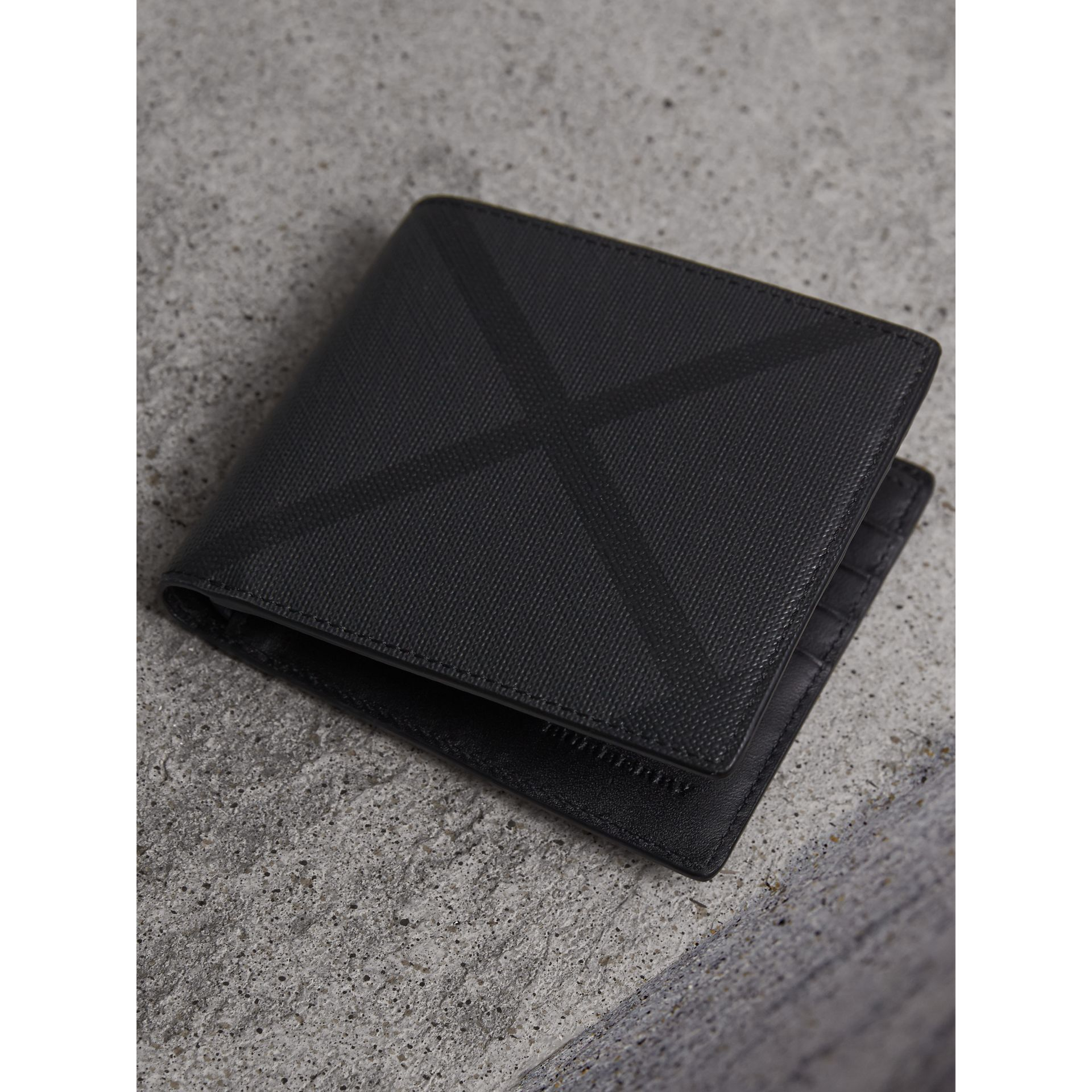London Check Folding Wallet in Charcoal/black - Men | Burberry - gallery image 3