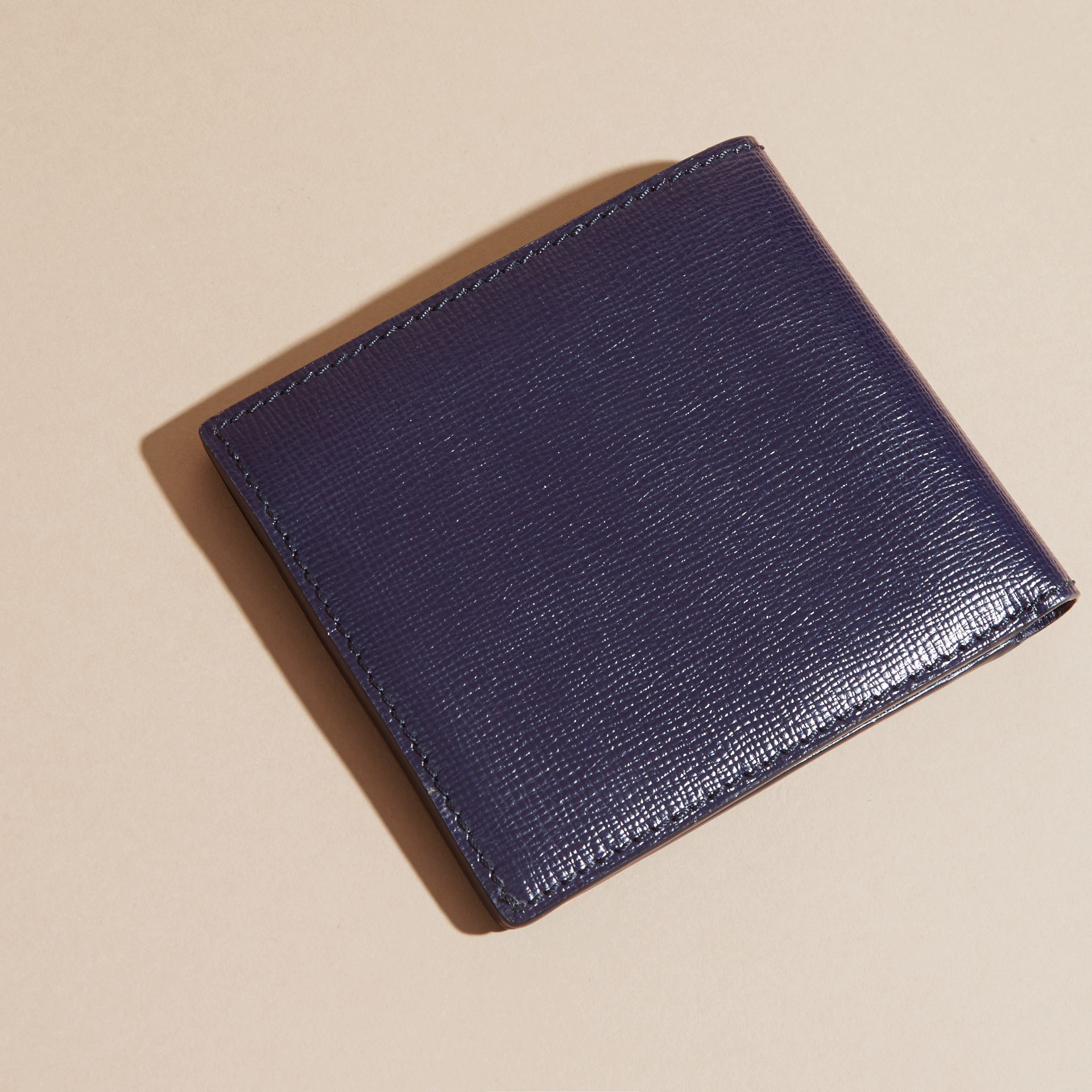 Dark navy London Leather Folding Wallet Dark Navy - gallery image 3