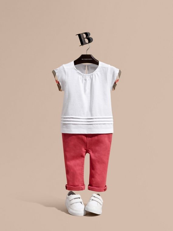 Pleat and Check Detail Cotton T-shirt in White | Burberry