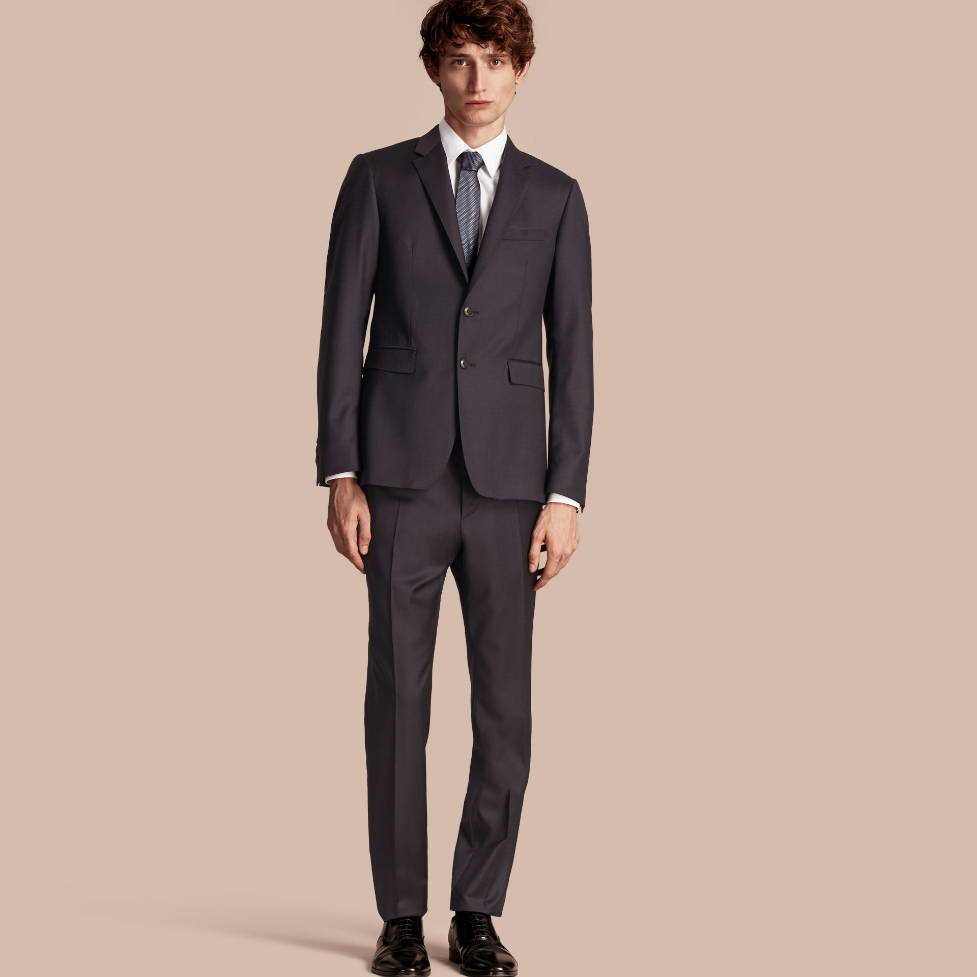 Slim Fit Travel Tailoring Wool Suit - gallery image 1