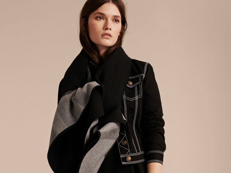 Reversible Check Merino Wool Poncho in Charcoal - Women | Burberry Singapore - cell image 4