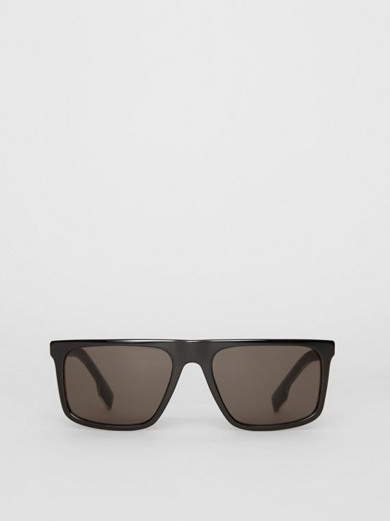 Vintage Check Detail Straight-brow Sunglasses in Black