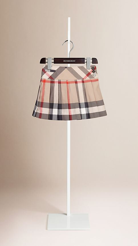 New classic Check Pleated Kilt - Image 1