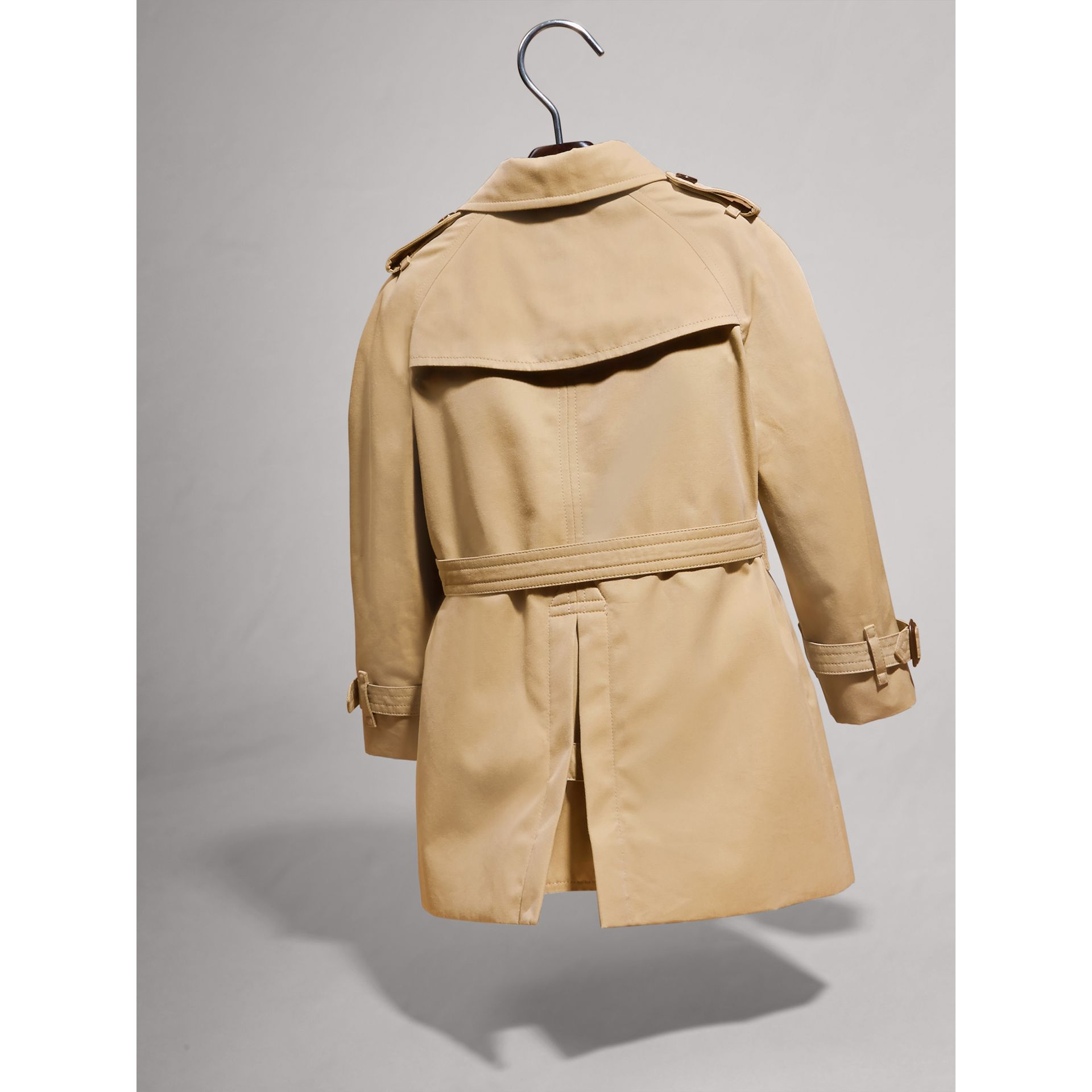 Trench The Wiltshire (Miel) | Burberry - photo de la galerie 3