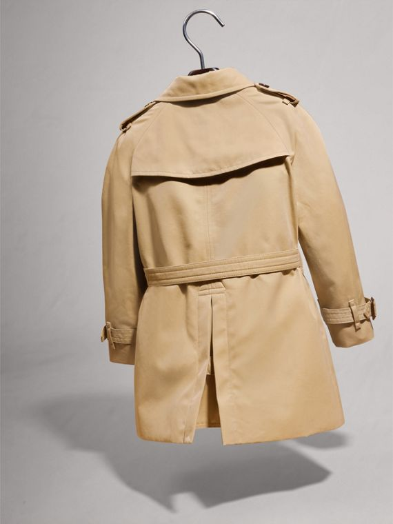The Wiltshire Trench Coat in Honey | Burberry Singapore - cell image 3