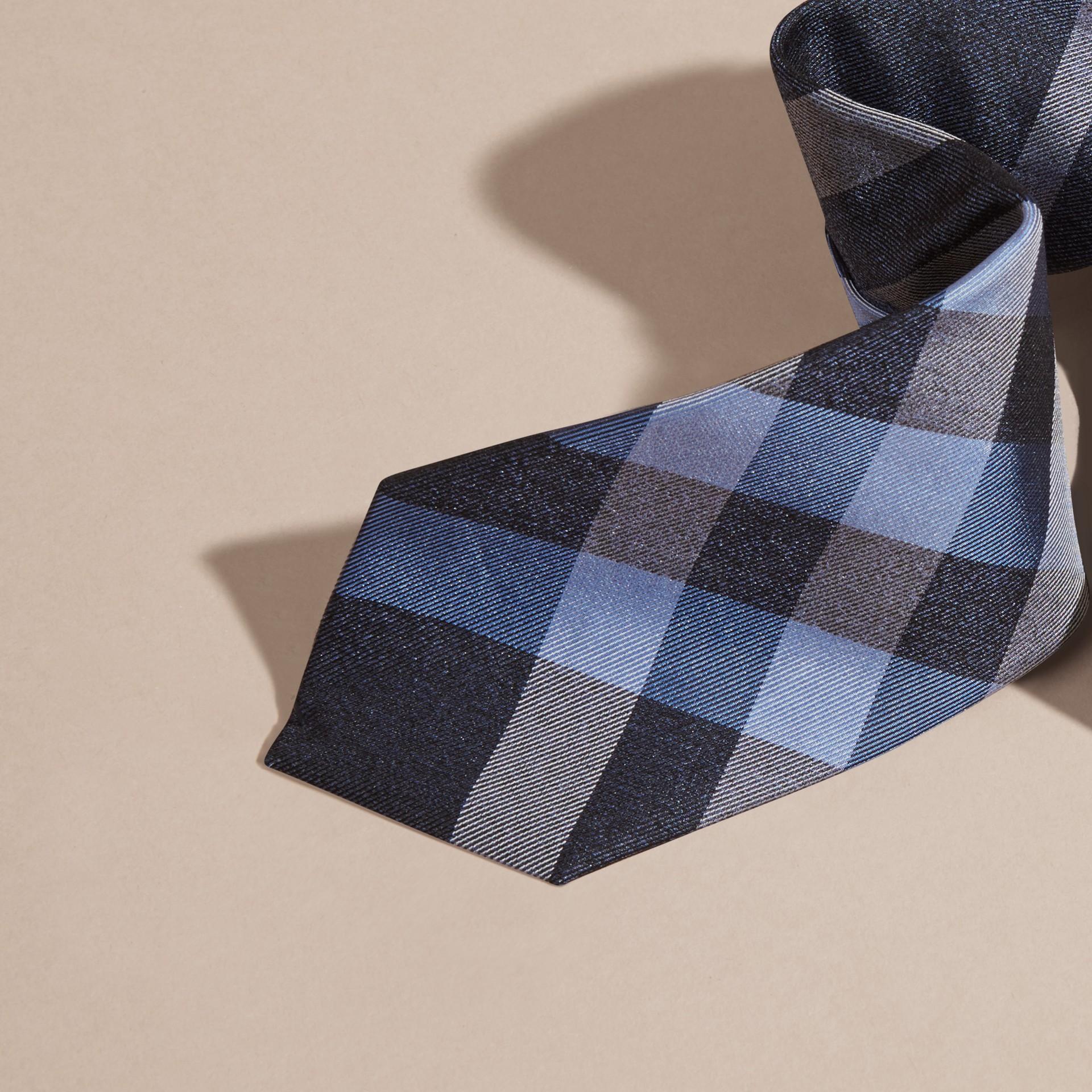 Indigo Cravate moderne en jacquard de soie à motif check Indigo - photo de la galerie 2