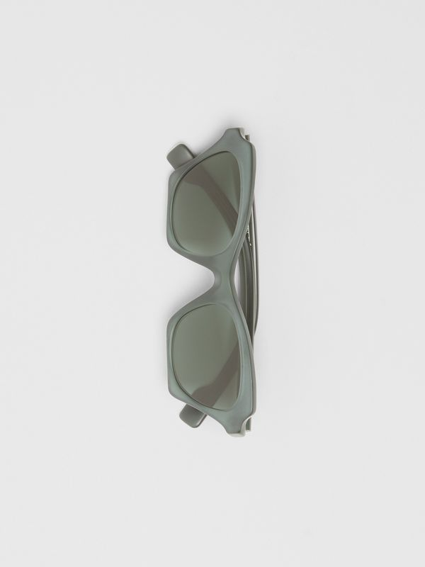 Butterfly Frame Sunglasses in Green - Women | Burberry - cell image 3