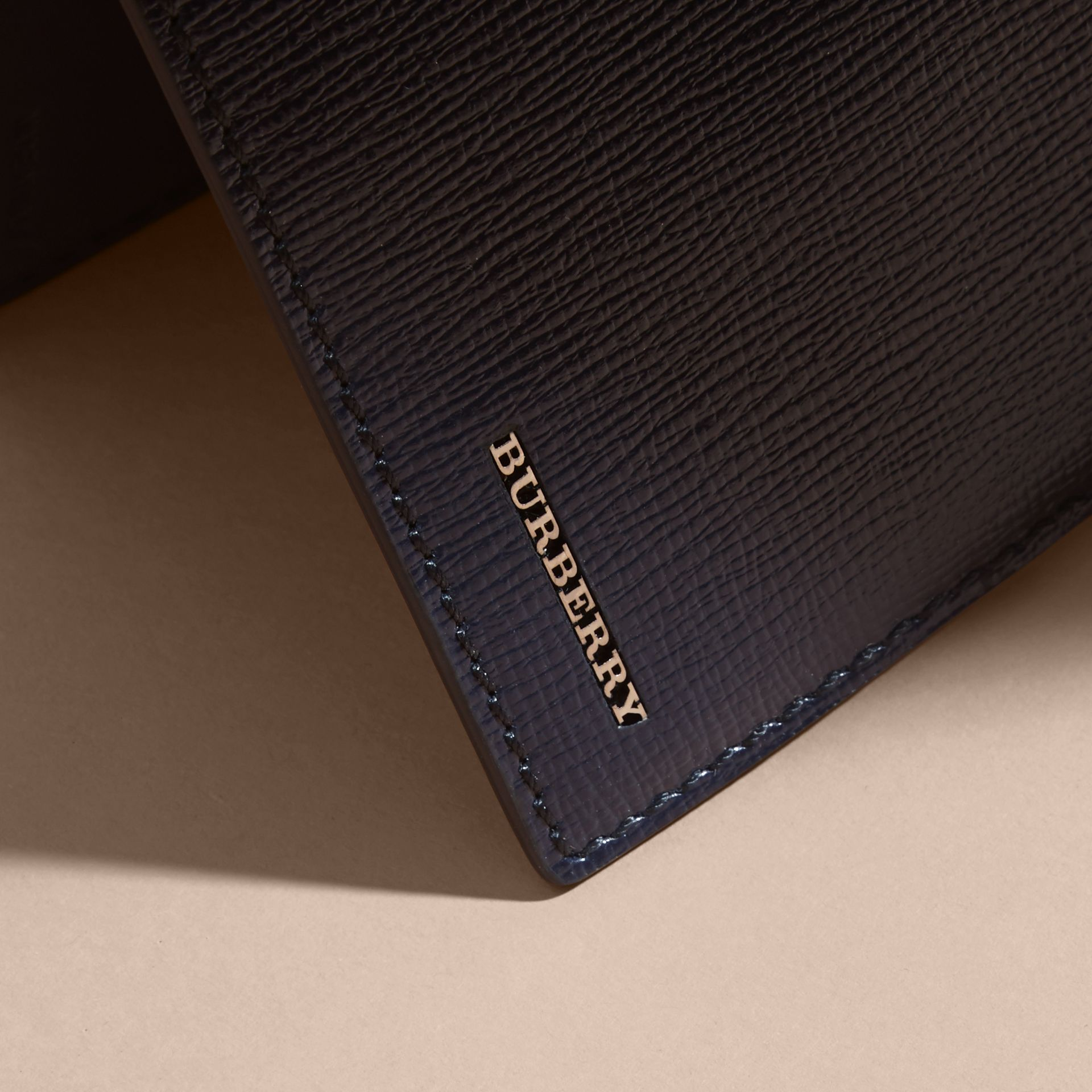London Leather Bifold Wallet in Dark Navy | Burberry - gallery image 2
