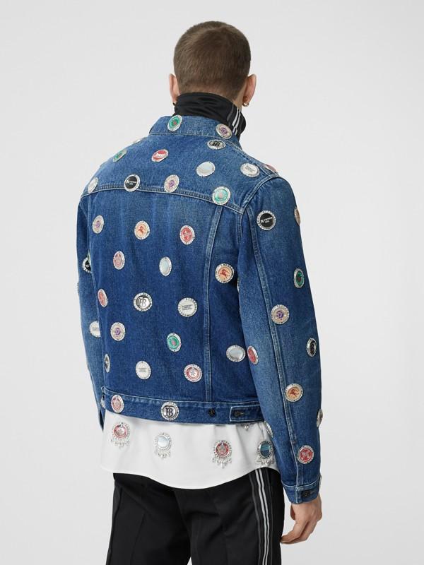 보틀 캡 디테일 스톤워싱 데님 재킷 (인디고 블루) - 남성 | Burberry - cell image 2