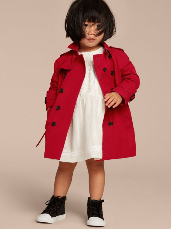 The Wiltshire – Heritage Trench Coat in Parade Red - cell image 2