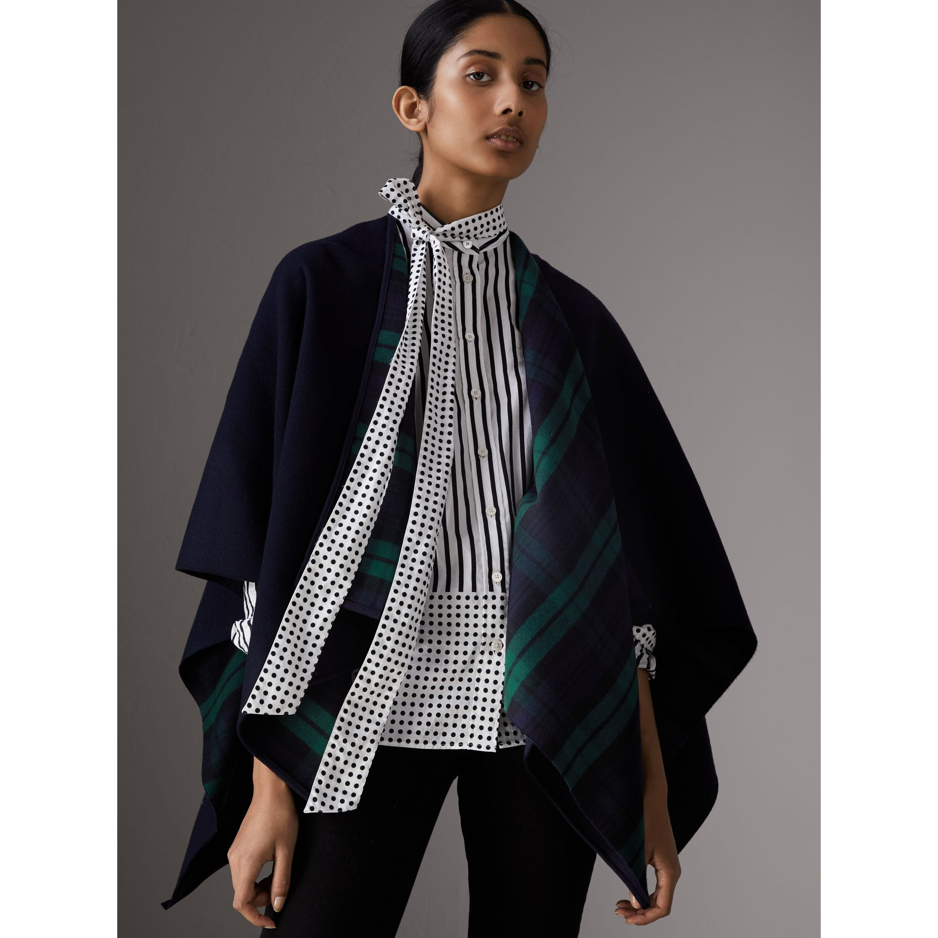 Reversible Cropped Tartan Wool Poncho in Navy | Burberry United Kingdom - gallery image 0
