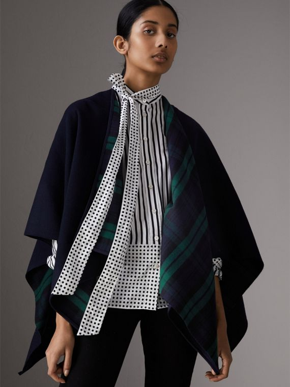 Reversible Cropped Tartan Wool Poncho in Navy