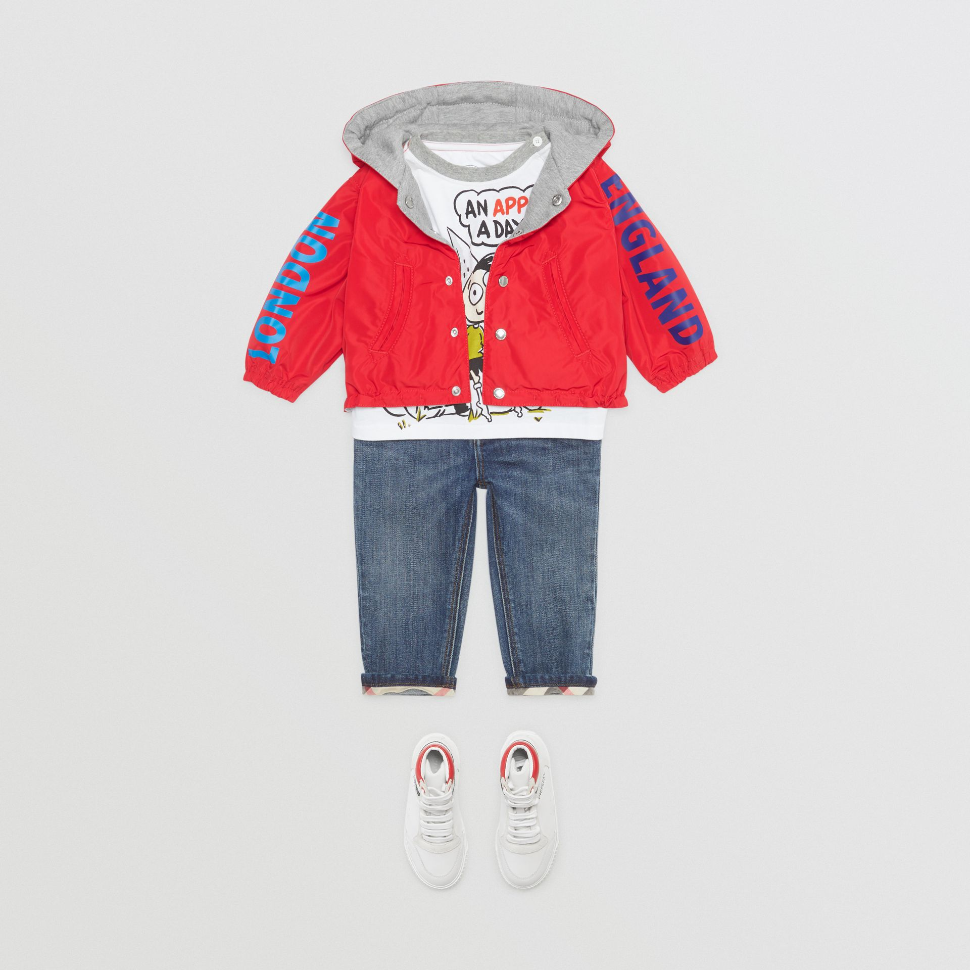 Logo Print Reversible Hooded Jacket in Bright Red - Children | Burberry - gallery image 2