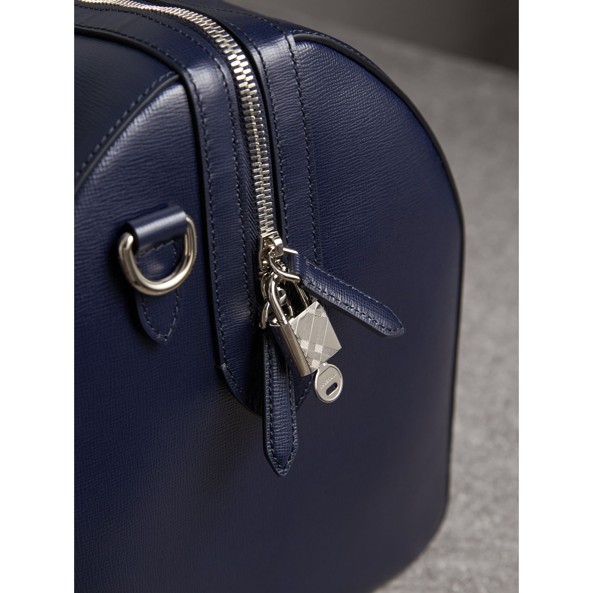 London Leather Holdall in Dark Navy - Men | Burberry - gallery image 2