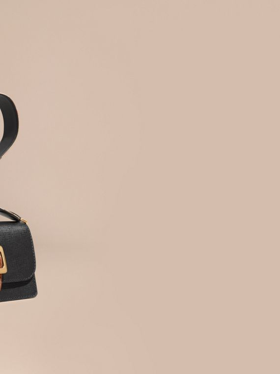 The Medium Buckle Bag in Textured Leather Black/tan