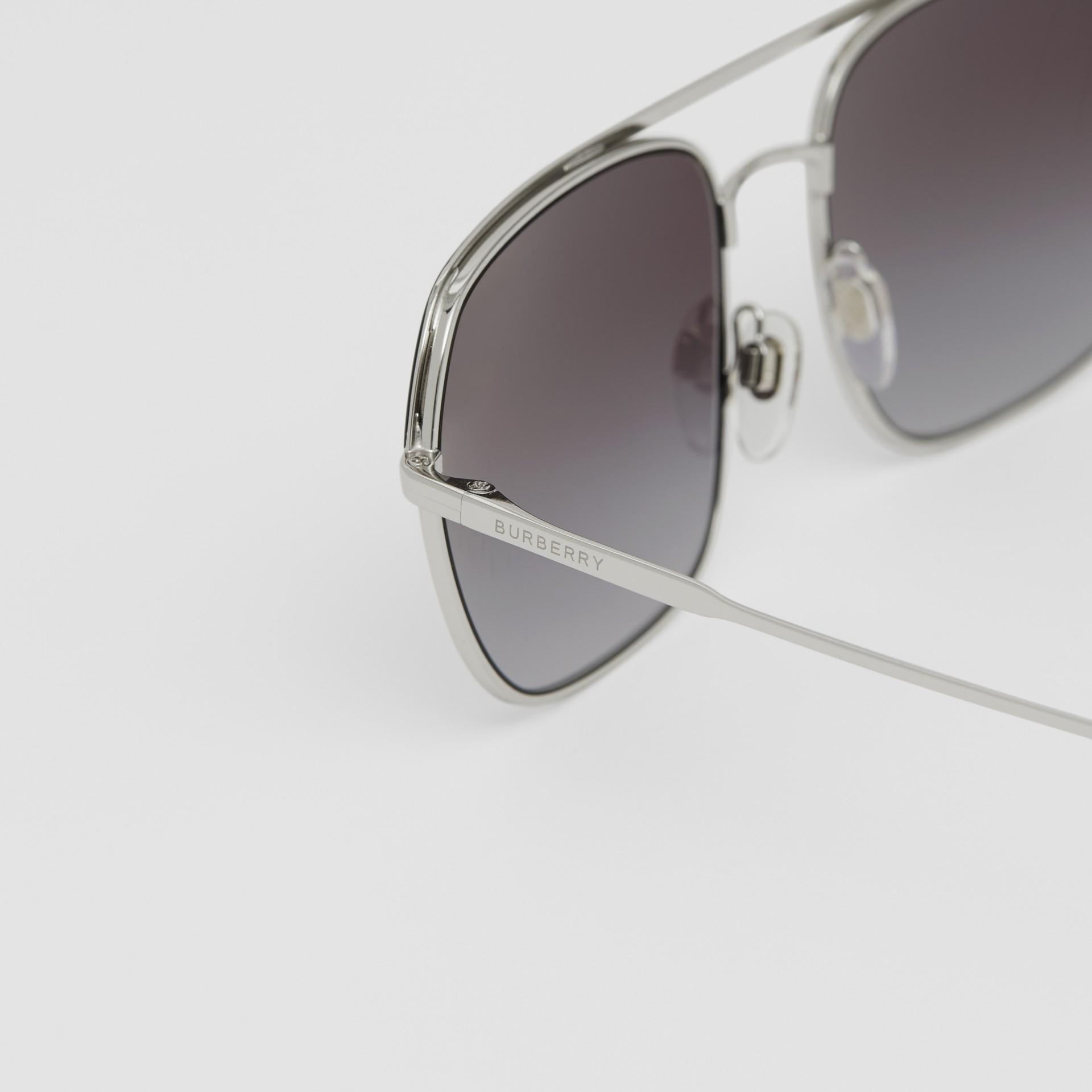 Square Pilot Sunglasses in Black - Men | Burberry - gallery image 1