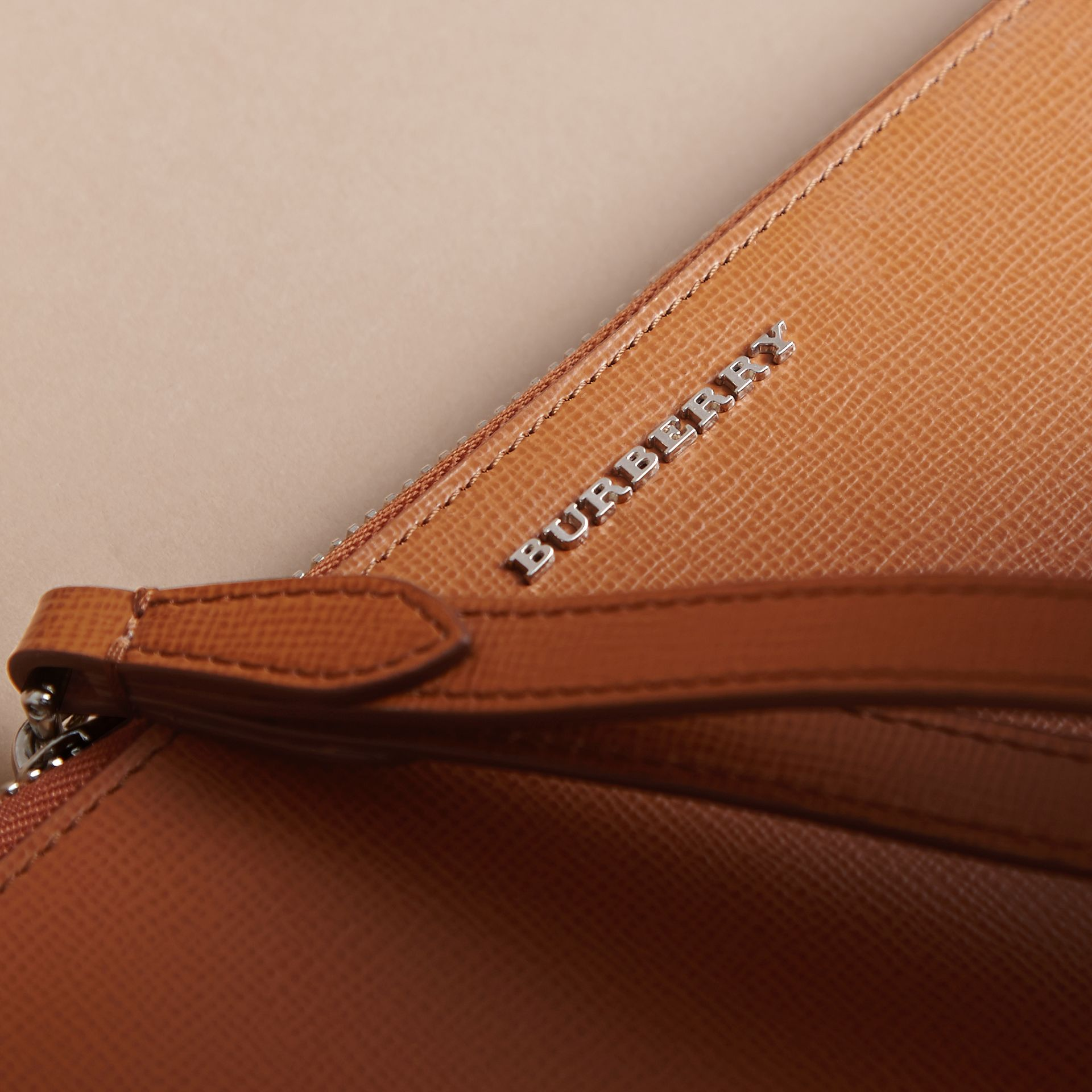 London Leather Travel Wallet in Tan | Burberry - gallery image 2