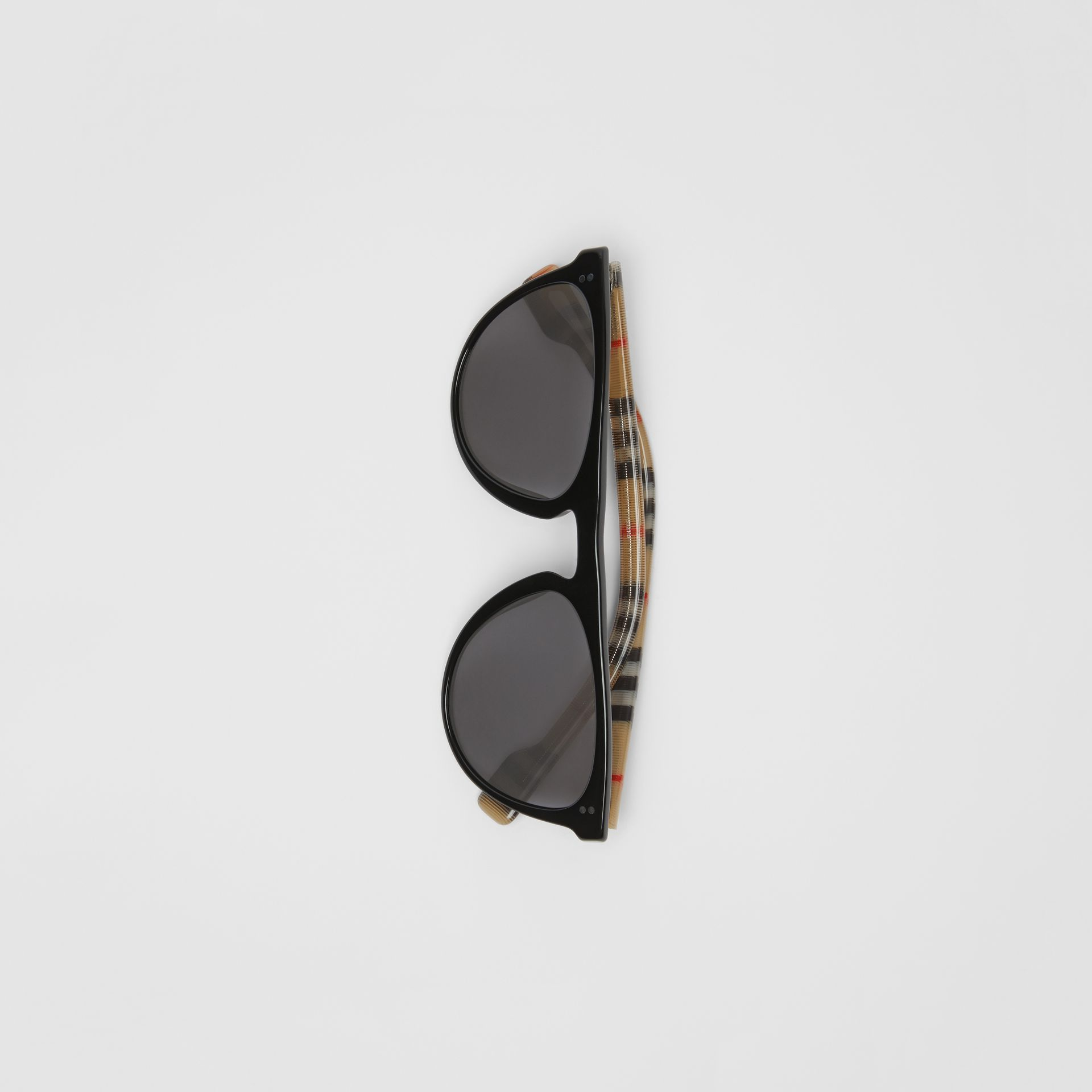 Vintage Check Detail Keyhole D-shaped Sunglasses in Black/beige - Men | Burberry Canada - gallery image 3