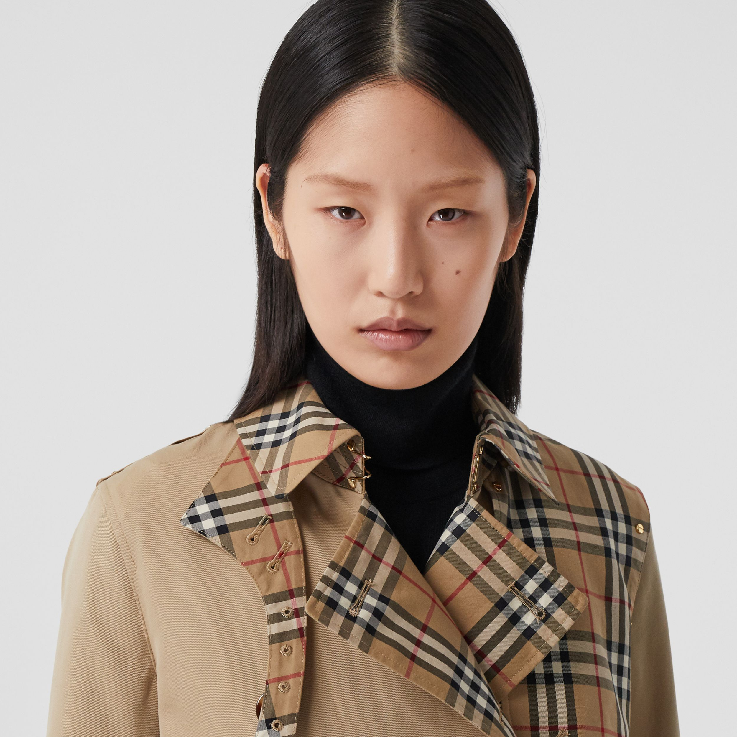 Vintage Check Panel Cotton Gabardine Trench Coat in Honey - Women | Burberry United Kingdom - 2