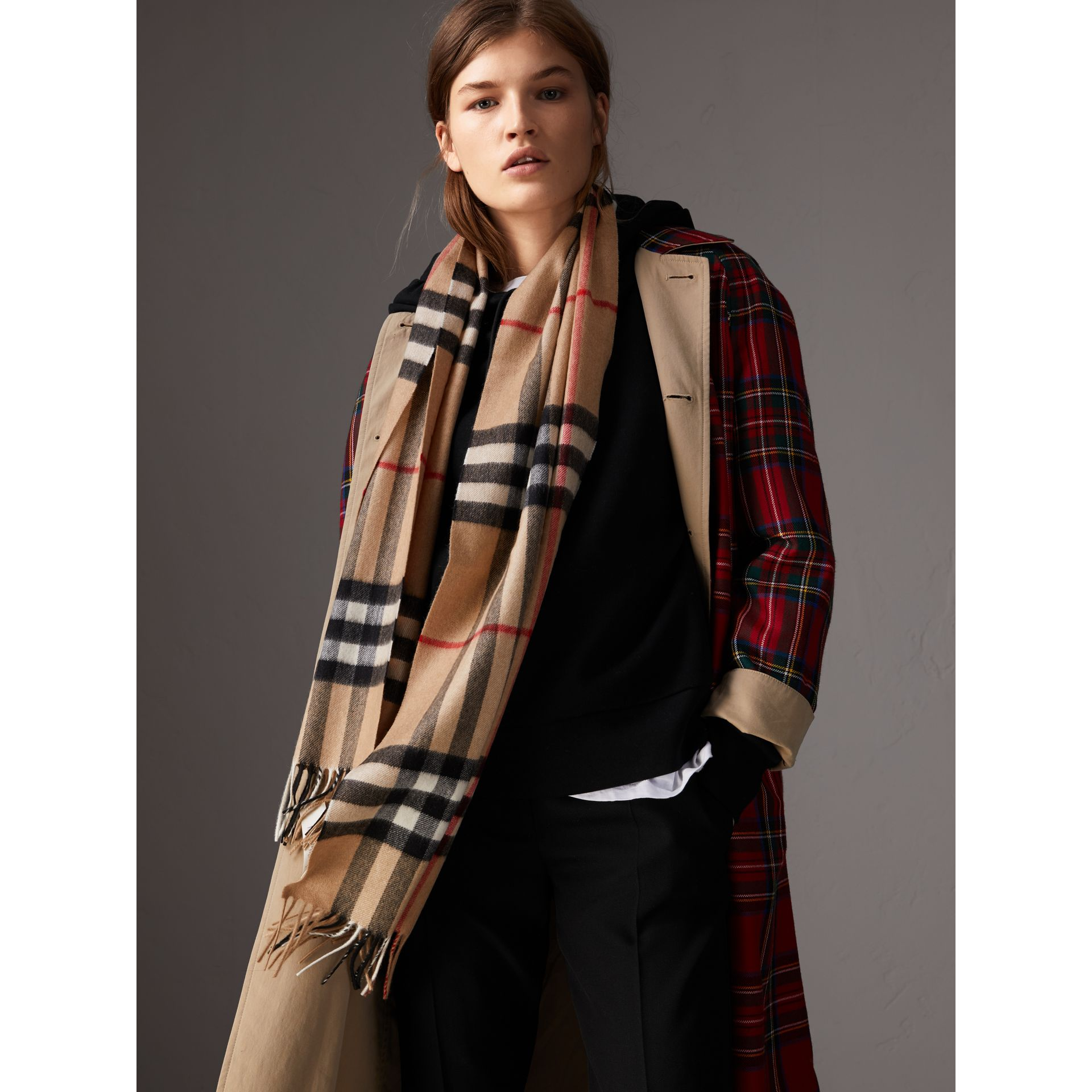 The Classic Check Cashmere Scarf in Camel | Burberry - gallery image 3